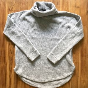 Forever 21 Turtleneck Size Zip Sweater Size Medium